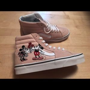 Disney X Vans Mickey & Minnie Sk8 Hi